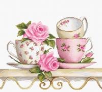 B2327 Чайные чашки с розами. Набор для вышивки крестом