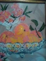 """ГР-002 Картина вышитая бисером """"Персики в вазе с бокалом вина"""""""