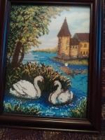 """ГР-001 Картина вышитая бисером """"Лебеди у замка"""""""